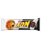 LION BLACK WHITE NADZIEWANY WAFEL Z KARMELEM W BIAŁEJ POLEWIE 40 G
